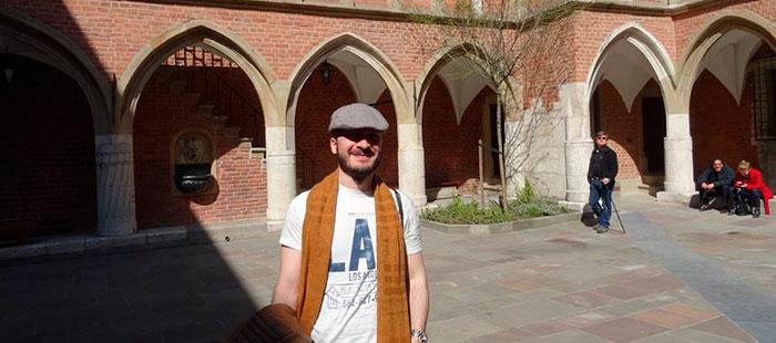 Yo en el Collegium Maius de la Universidad Jaguelónica